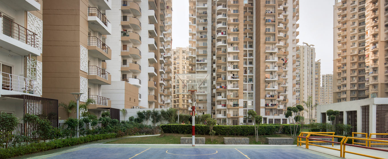 EXPRESS ZENITH OFFERED 2,3BHK APARTMENTS AT SECTOR 77 NOIDA